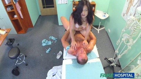 fh1178_beautiful_vietnamese_patient_gives_doctor_a_sexual_reward_for_his_services_720